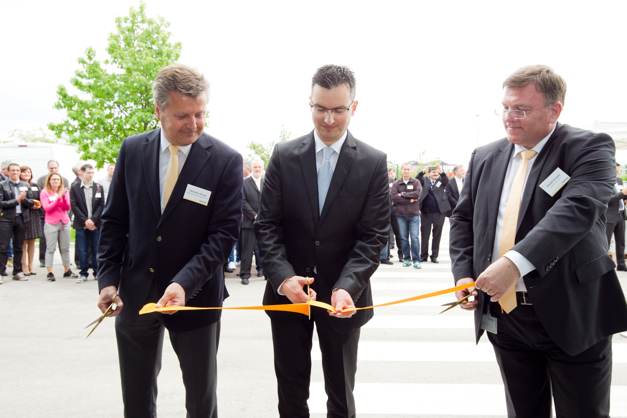 Slavnostna otvoritev poslovne stavbe Jungheinrich