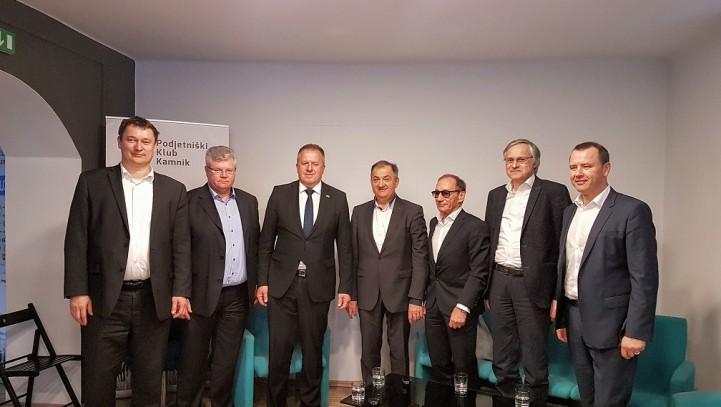 Ministrski obisk pri članih Podjetniškega kluba Kamnik